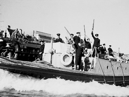 Massey Shaw returns from Dunkirk 1940